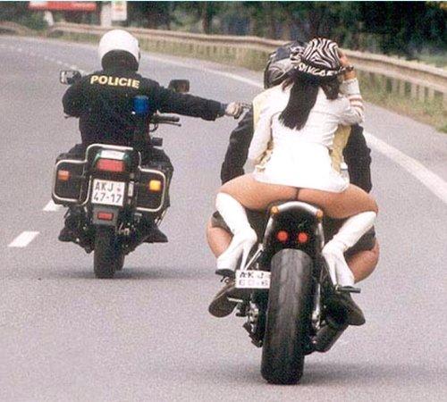 Gaffe !!  Sarko met la pression sur les motards !!! Contro10