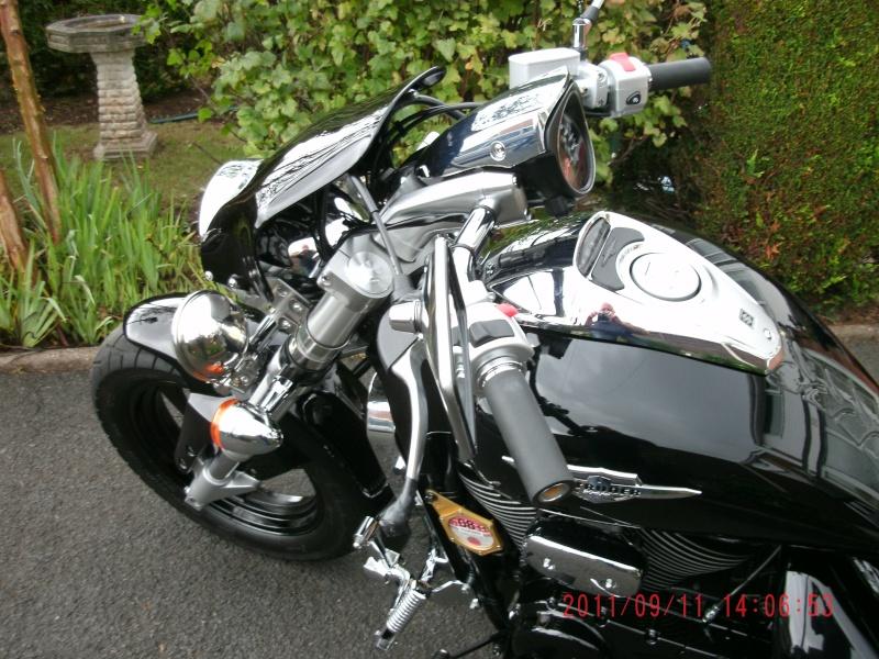 My .......... Suzuki M800 Gedc0417