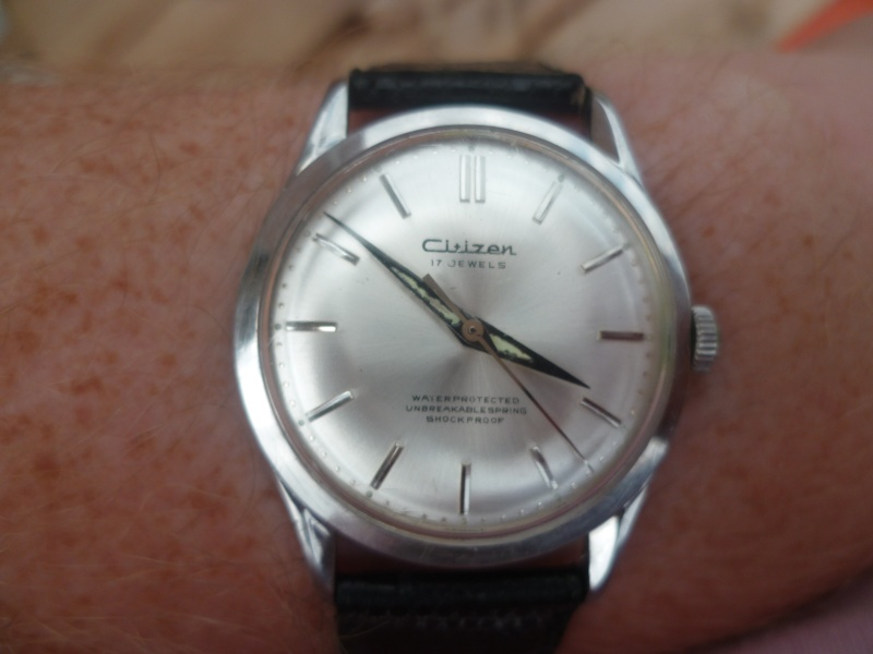 citizen - Un post qui référence les montres de brocante... tome I - Page 40 P1090518