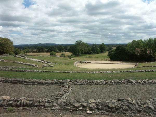 Le Site Archéologique et les Monuments de Jublains Jublai11
