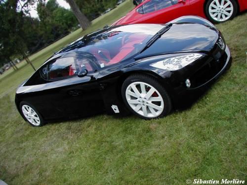 Quand on copie Honda !!! (c'est mon humble avis!) 2002_p22