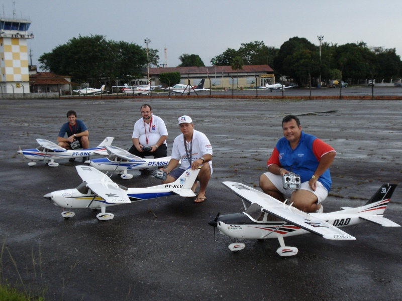 Cessna 182 Skylane Hangar 9 Cab_ce11