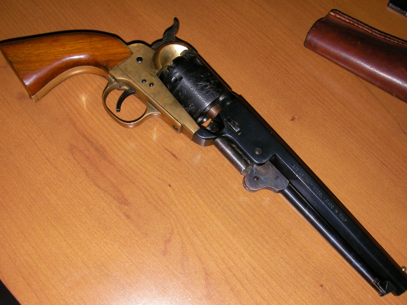 Question sur un patent navy 1851 (replique) Gun_0014