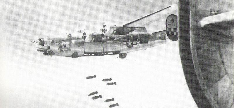 "Le Consolidated B-24 ""Liberator"" B-24_b10"
