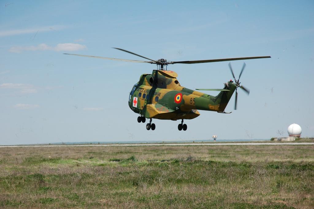 Elicoptere civile, militare, utilitare - 2008 - Pagina 2 01210