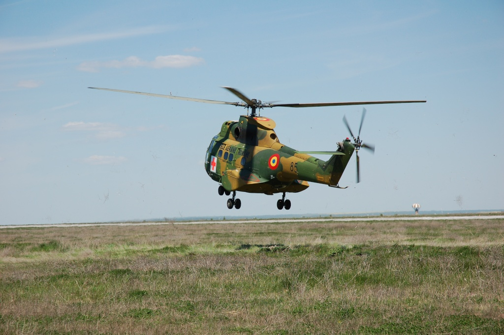 Elicoptere civile, militare, utilitare - 2008 - Pagina 2 01310