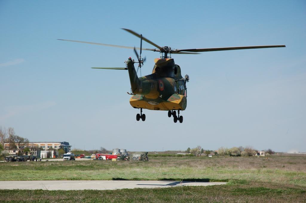 Elicoptere civile, militare, utilitare - 2008 - Pagina 2 01910