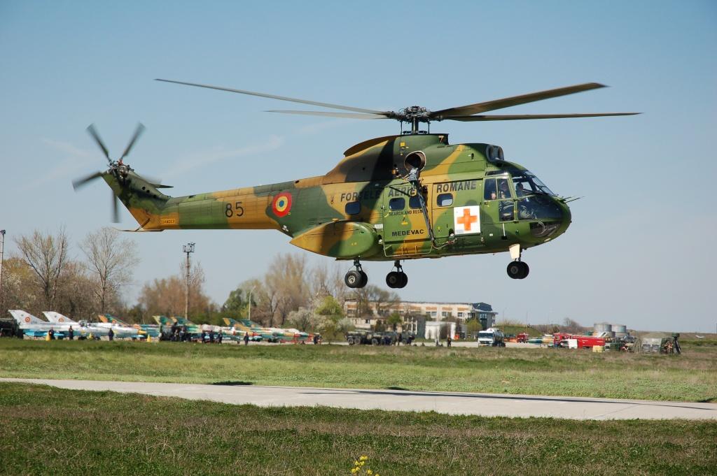 Elicoptere civile, militare, utilitare - 2008 - Pagina 2 02310