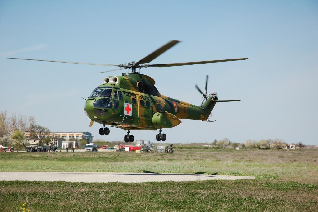 Elicoptere civile, militare, utilitare - 2008 - Pagina 2 02610