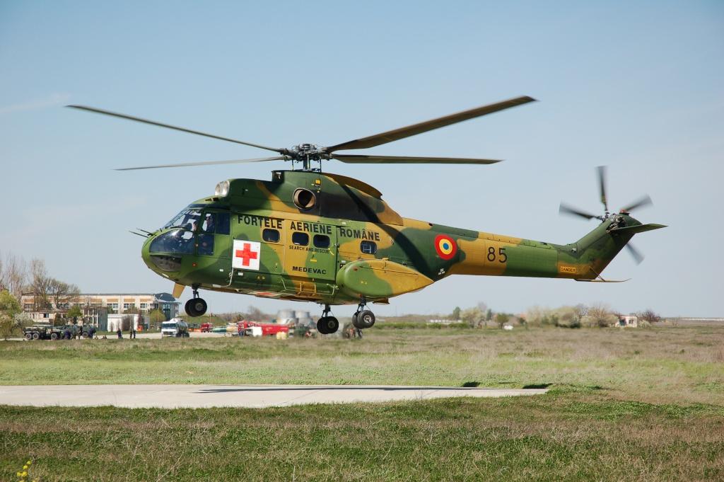 Elicoptere civile, militare, utilitare - 2008 - Pagina 2 02710