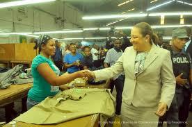Pour une Prolongation de la Misère et les Taudis en Haiti - Page 2 Images12