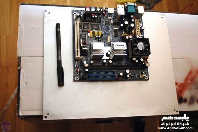 لتصميم جهاز كمبيوتر ( case ) من ديسكو سيارة 11690a11