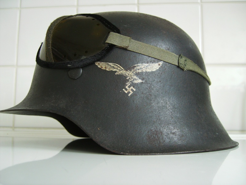 Vos casques allemands WW2... - Page 2 Imag0437