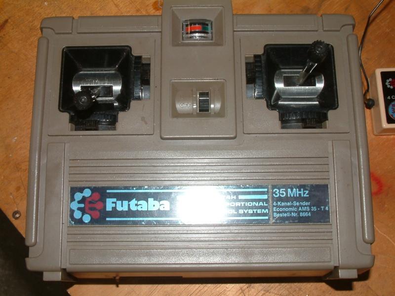 O Rádio Futaba FG Dscf0212