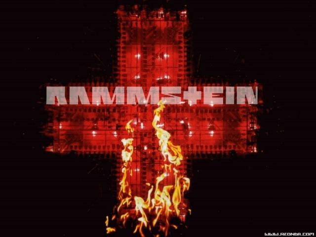 >> POST OFICIAL <<  - Rammstein - Alemanes que están como una puta cabra - Ya tienen recopilatorio Rammst10
