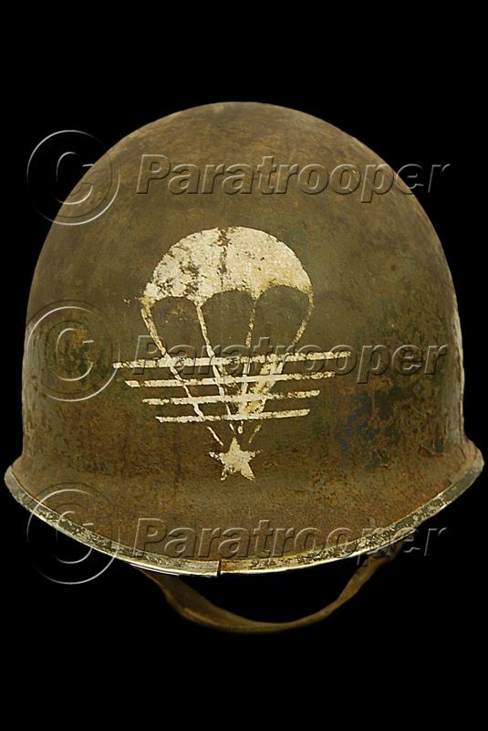 RARE CASQUE US M1 D'UN CAPITAINE DU 1er RCP 1944 P0_16710