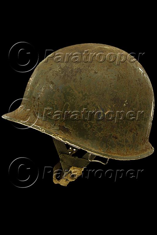 RARE CASQUE US M1 D'UN CAPITAINE DU 1er RCP 1944 P1_09010