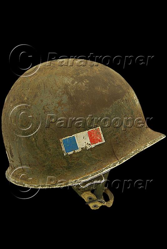 RARE CASQUE US M1 D'UN CAPITAINE DU 1er RCP 1944 P1_09011