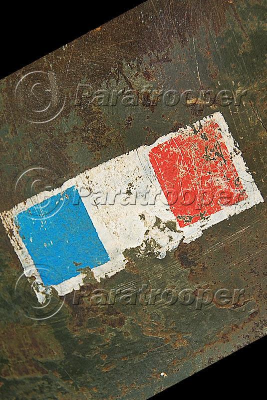RARE CASQUE US M1 D'UN CAPITAINE DU 1er RCP 1944 P1_09013