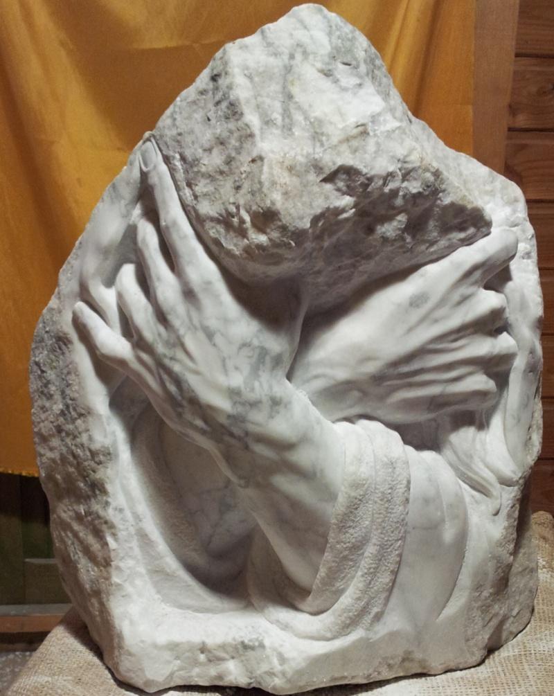 Mains en marbre de carrare A12_bi10