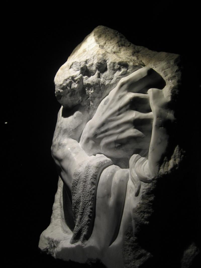 Mains en marbre de carrare Abcde11