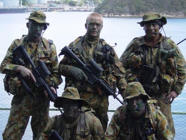 """Les dossiers photos de l'été, 1er juillet : """" the royal australian navy"""" 3d758c10"""