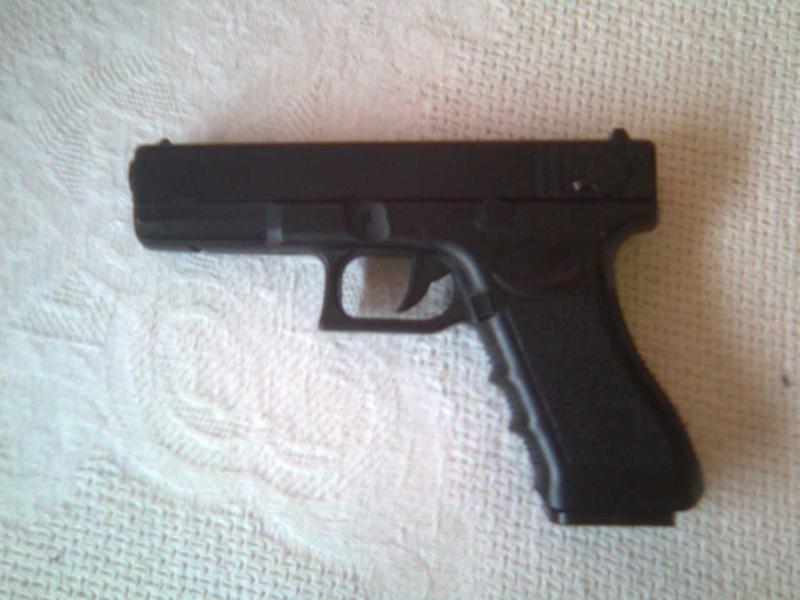 Review Cyma Glock 18 Photo032