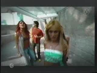 Slike iz spotova(Nuestro Amor,Aun Hay Algo) 30001210