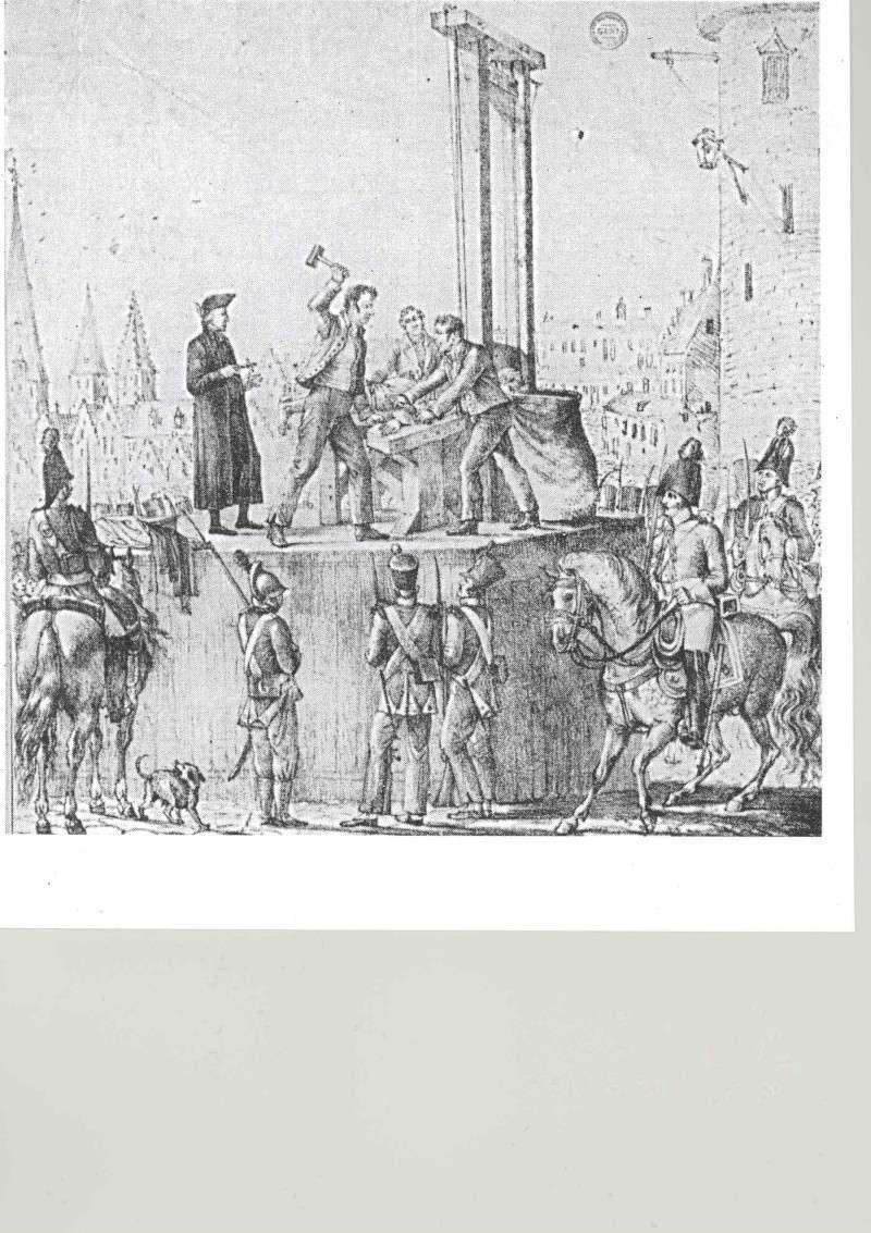 La guillotine de la Citadelle de Dinant - Belgique Parici12