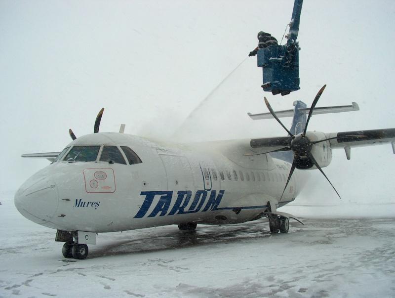Aeroportul Suceava (Stefan Cel Mare) - 1994 - 2007 Hpim5610