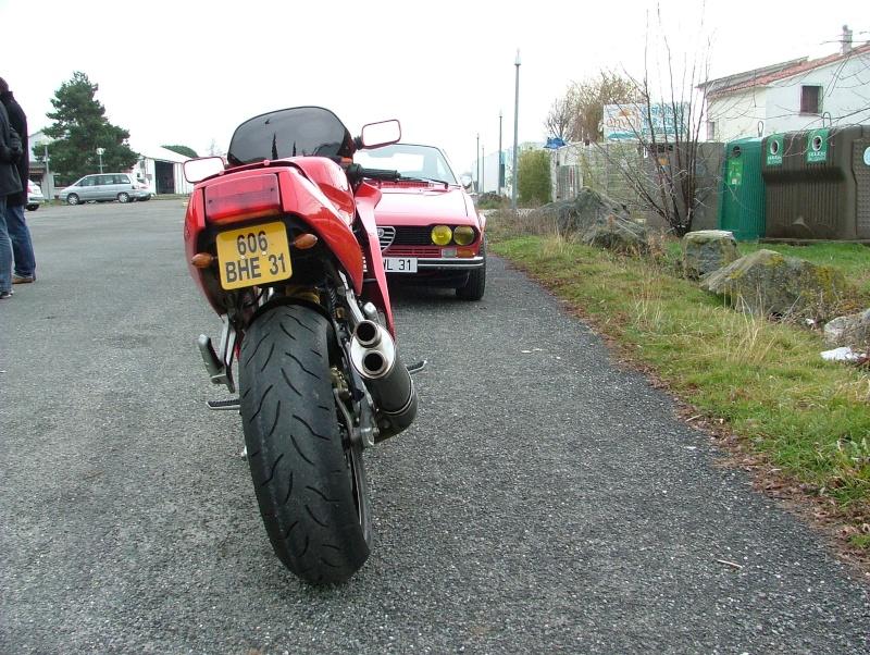 Y a des amateurs de motos ici ? Toulou11