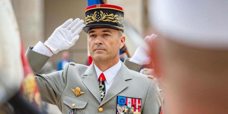 Le 21 juillet 2021, le général d'armée Thierry Burkhard sera le nouveau CEMA 20955010