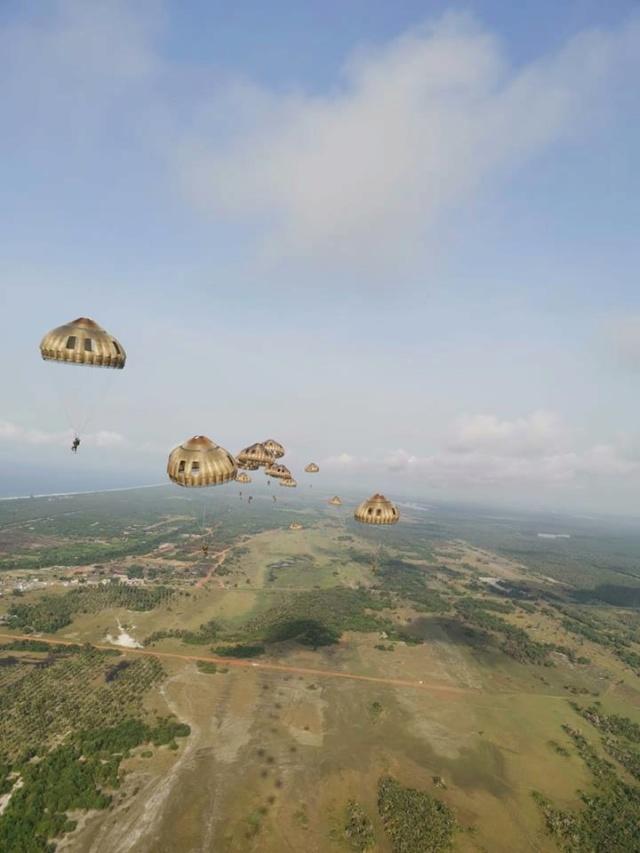 EXERCICE TOURACO 2 : les Léopards de la 4 sautent sur la République de Côte d'Ivoire ! 56119610