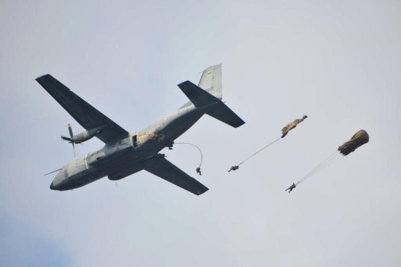 Dernière mission à Libreville pour le Transall C-160 Librev10