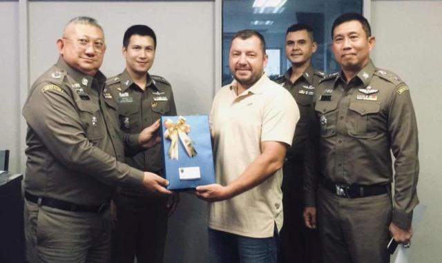 Maxime, ancien du 2e REP, héros discret récompensé en Thaïlande  Ob_ddc10