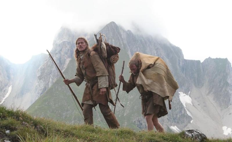 coiffures, costumes, parures Alpen110
