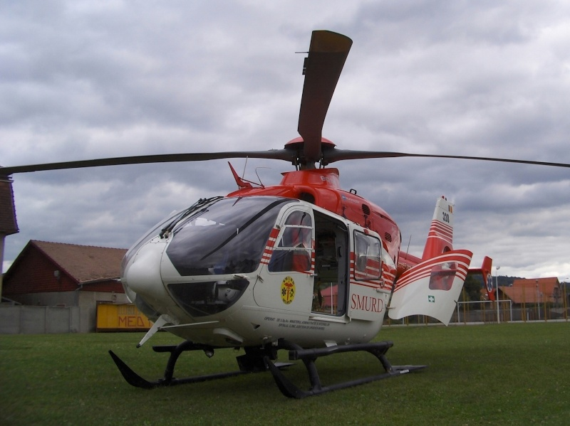 Elicoptere civile, militare, utilitare - 2008 - Pagina 3 Ec_13512