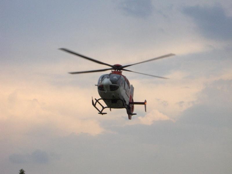 Elicoptere civile, militare, utilitare - 2008 - Pagina 3 Ec_13516