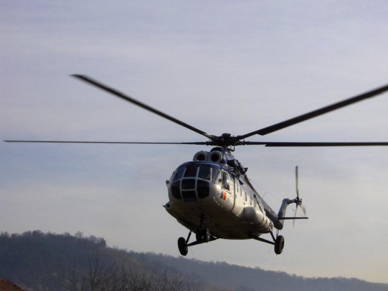 Elicoptere civile, militare, utilitare - 2008 - Pagina 3 Mi-17_11