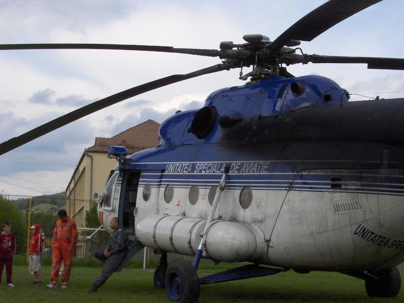 Elicoptere civile, militare, utilitare - 2008 - Pagina 3 Mi-17_14