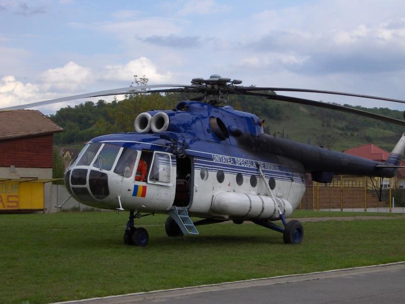 Elicoptere civile, militare, utilitare - 2008 - Pagina 3 Mi-17_15