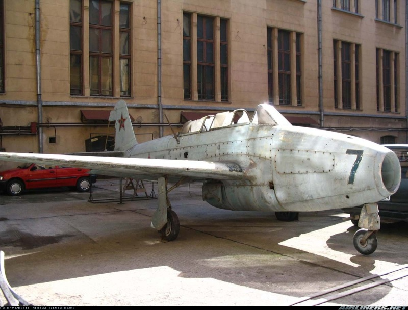MiG-15 Yak-1710