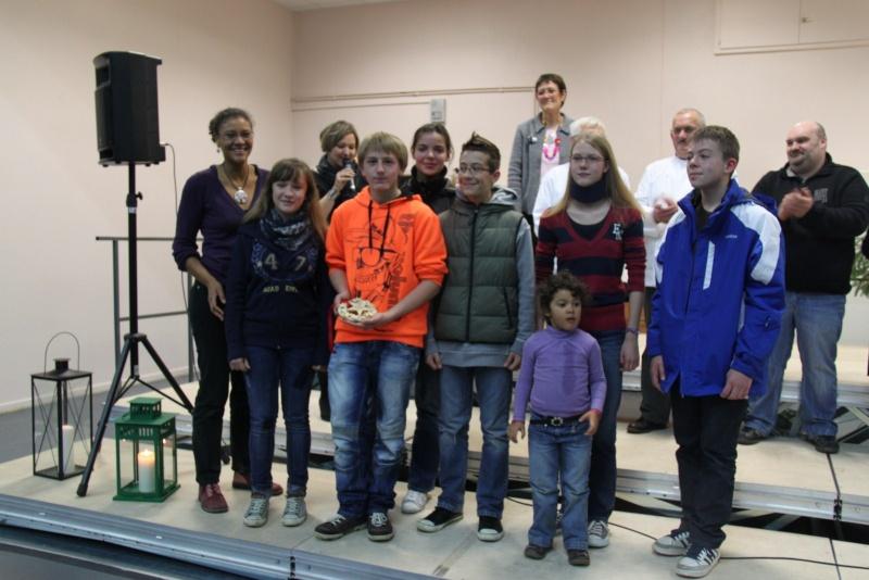 Des élèves de 4ème du collège Grégoire de Tours de Marlenheim ,troisième au concours de bredle de Wangenbourg Img_0256