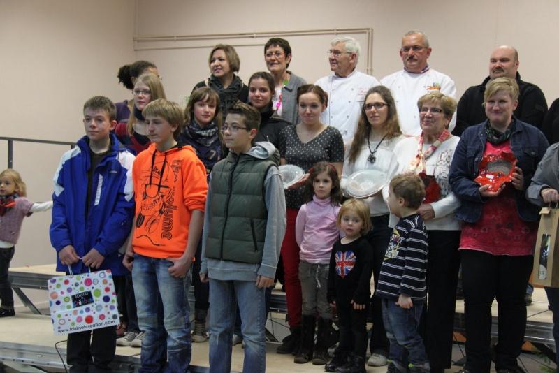 Des élèves de 4ème du collège Grégoire de Tours de Marlenheim ,troisième au concours de bredle de Wangenbourg Img_0258