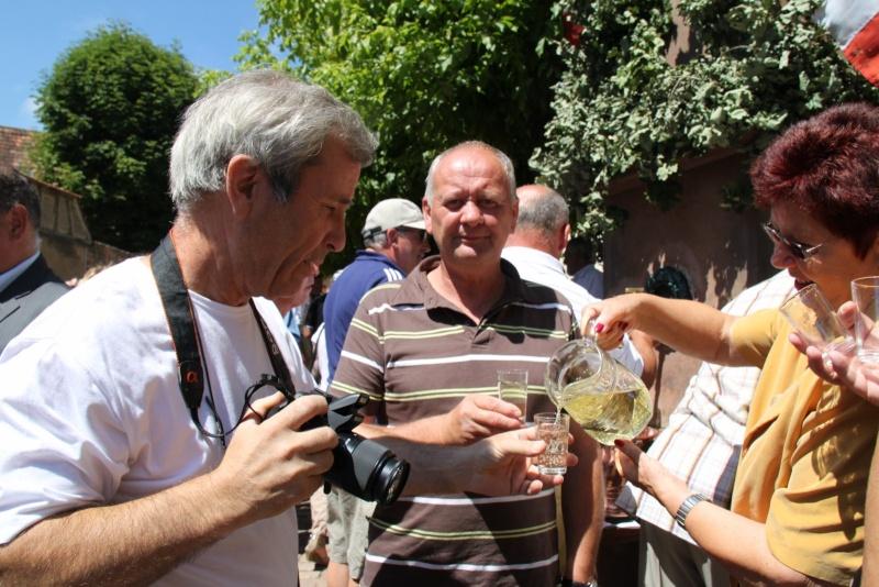 Fête de la Fontaine le 3 juillet 2011 - Page 2 Img_5749