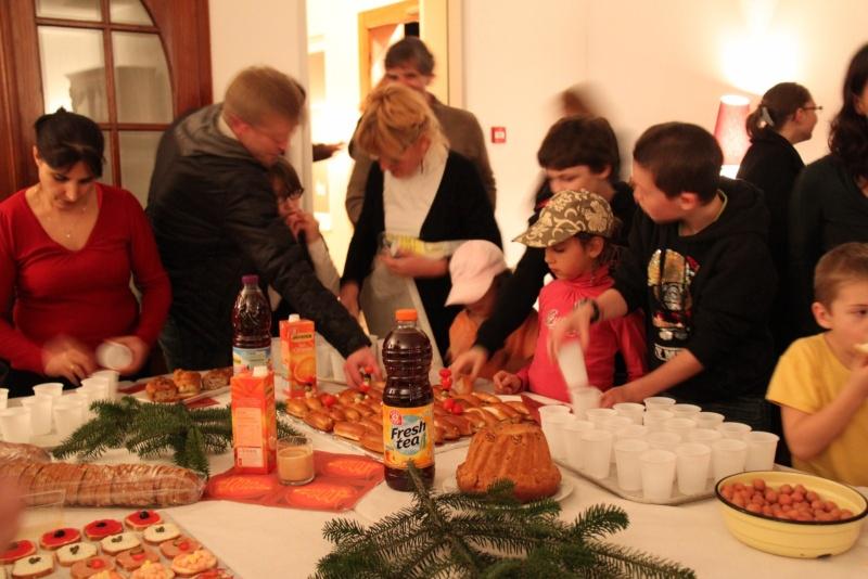 Le Buffet de NoëL du Freihof à Wangen le 13 décembre 2011 Img_9430