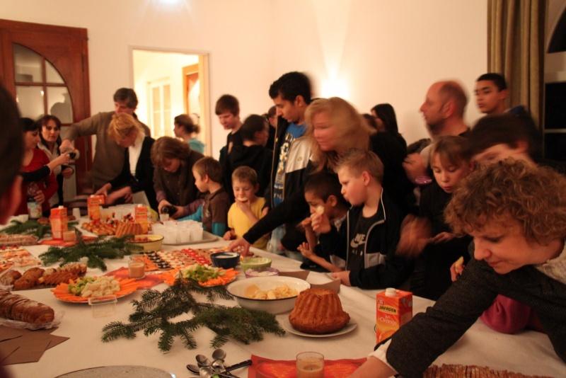 Le Buffet de NoëL du Freihof à Wangen le 13 décembre 2011 Img_9432
