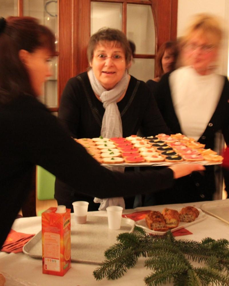 Le Buffet de NoëL du Freihof à Wangen le 13 décembre 2011 Img_9435
