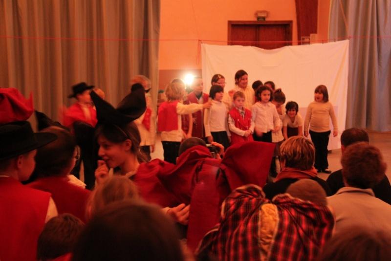 Fête de noël des écoles de Wangen le vendredi 9 décembre 2011 à 18h30 Img_9612
