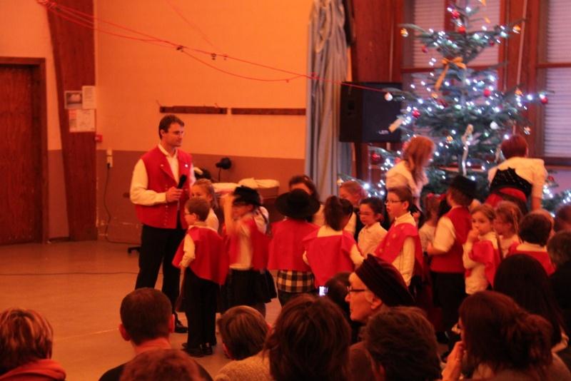 Fête de noël des écoles de Wangen le vendredi 9 décembre 2011 à 18h30 Img_9710